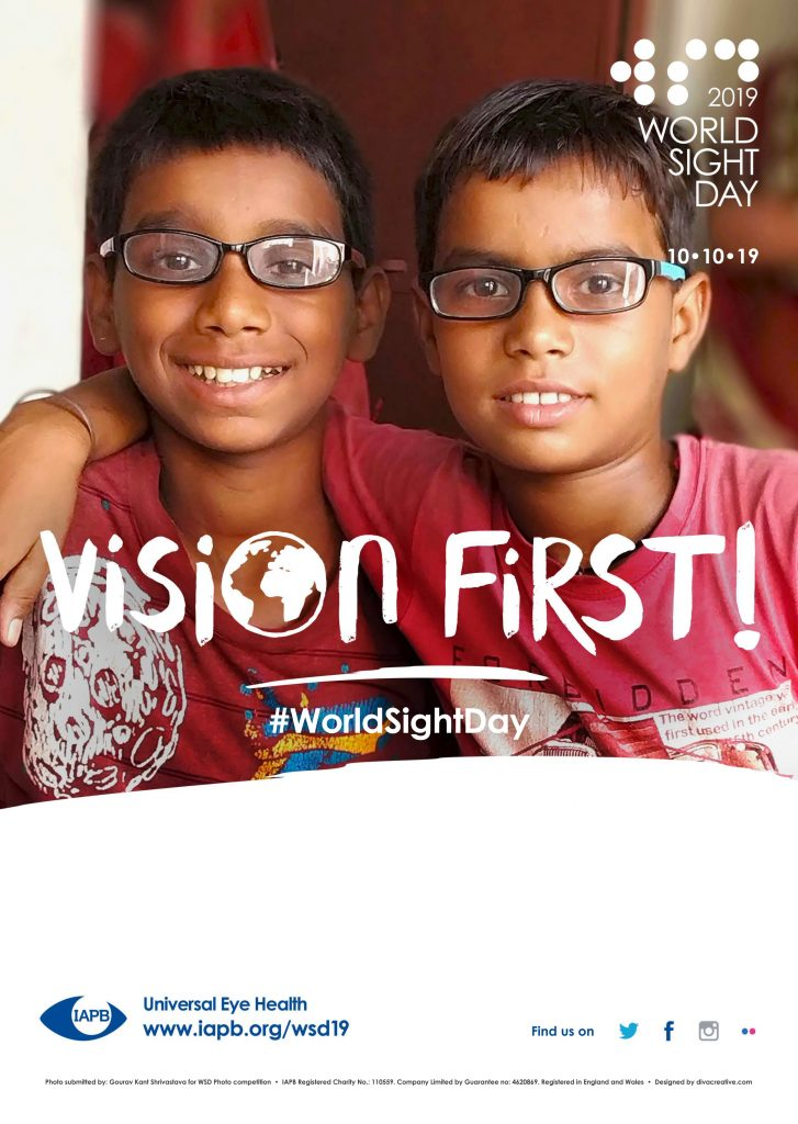 WSD19 GÇô Poster - Two boys with glasses GÇô withDescriptionArea-1